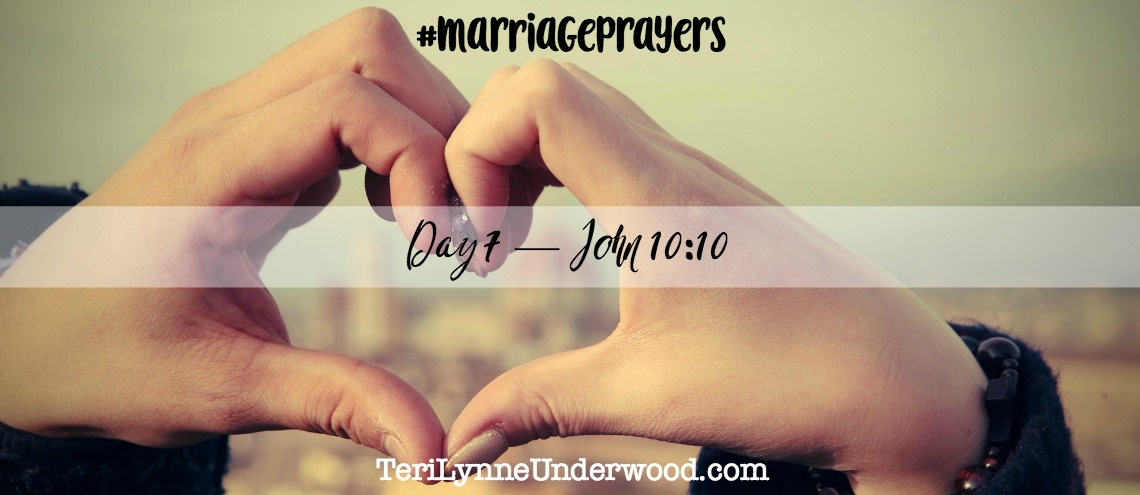 #MarriagePrayers with Scott and Teri Lynne Underwood || 31 Verses to Pray for Your Marriage