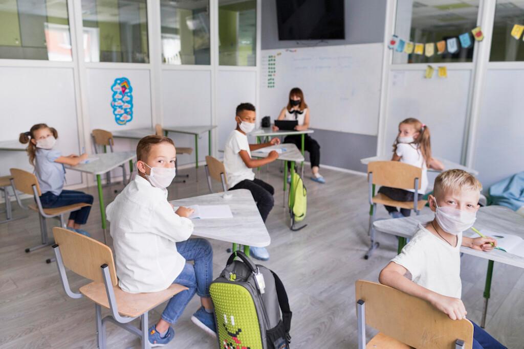 Utilização Máquina Vaporizadora anti-Covid19 em escolas
