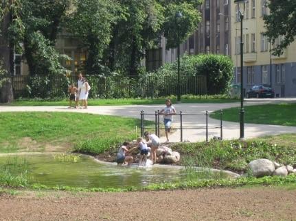 Regeneration of park in Karlin district