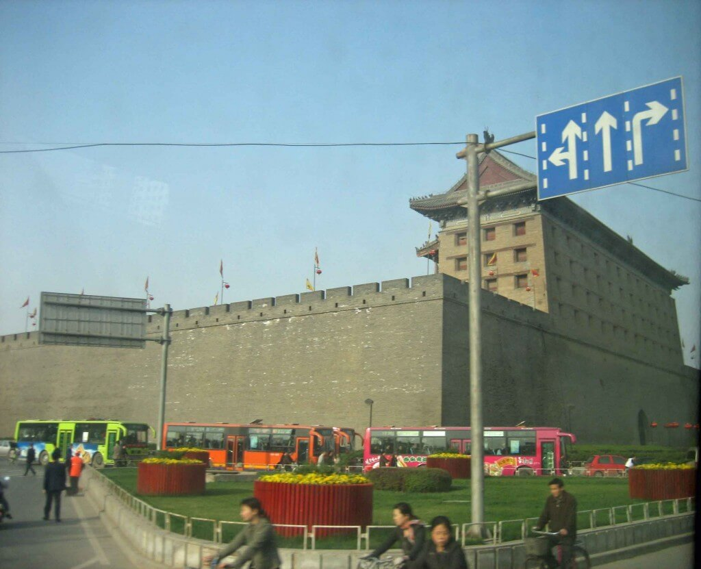 Impressive-view-ancient-Ming-City Wall Xian Shaanxi