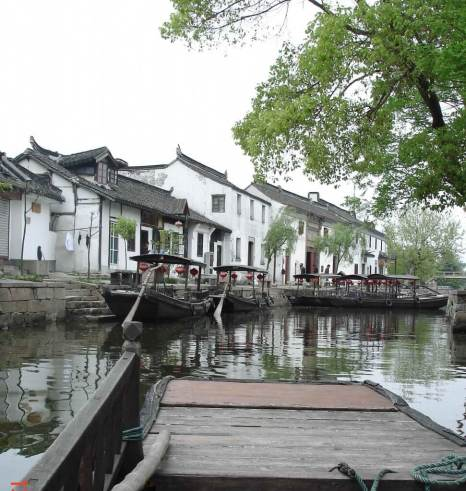 Boats-on-Canal-Ancient-Water Town of Zhujaijaio