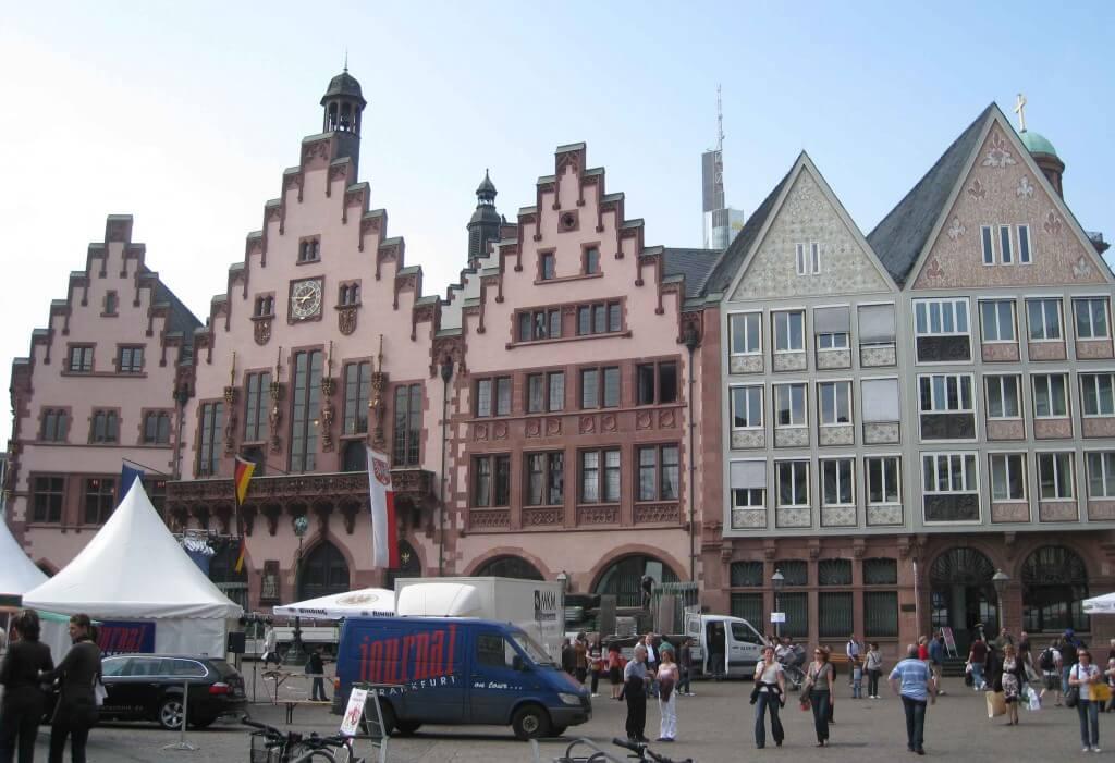 romantic road frankfurt attractions germany terrafirmatourist. Black Bedroom Furniture Sets. Home Design Ideas