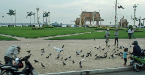 Royal Park in front of Royal Palace is a scenic spot, popular with locals and tourist.