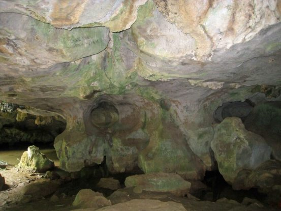 Caves - Kampot---eye-of-the-dragon-