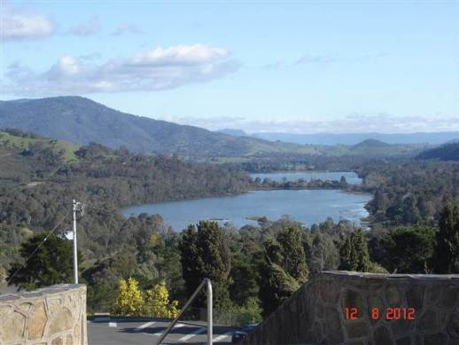 Lake Eildon view from the lookout