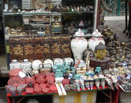 Dongtai-Road-Fake-Antique-Market