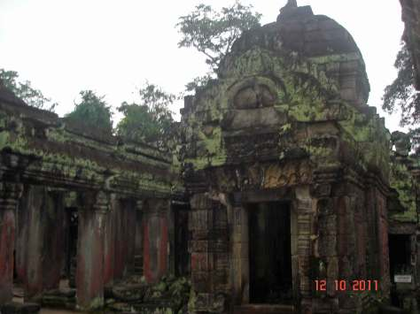 AngkorthomIntactTemple