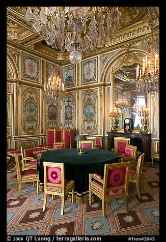 PicturePhoto Room With Meeting Table Inside Chateau De