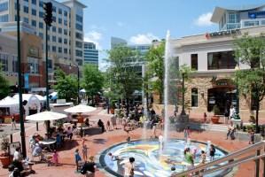 Silver Plaza's Interactive Fountain