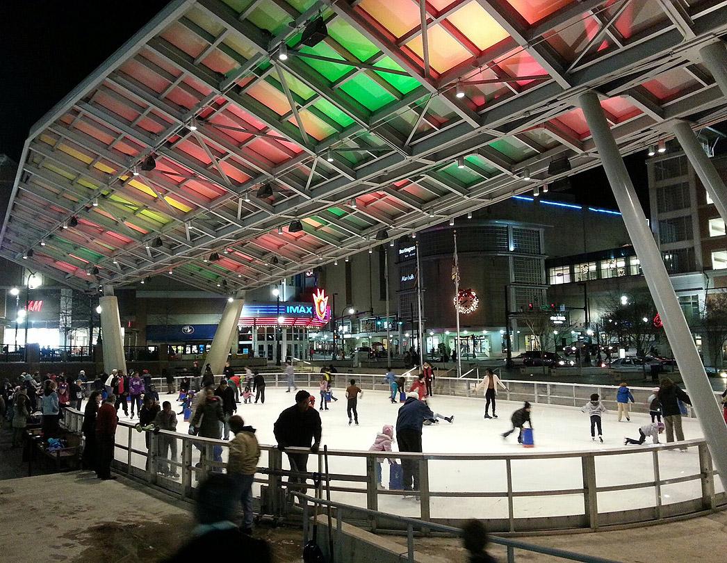 Veterans' Plaza ice rink