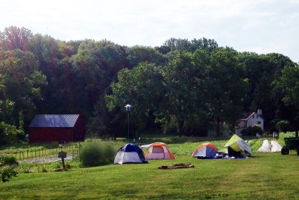 Scientist tents at Rushton Farm.