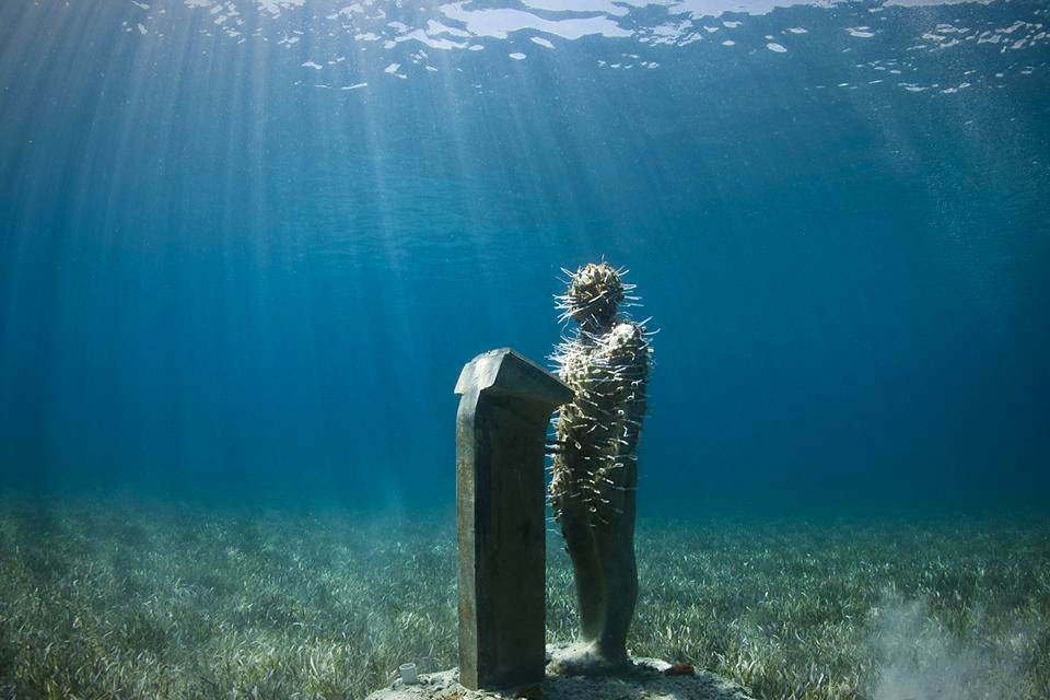 """""""The Speaker"""" by Jason deCaires Taylor"""