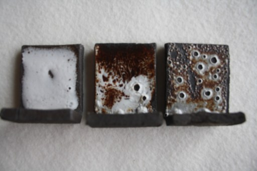 émail blanc coulant sur grès noir 1