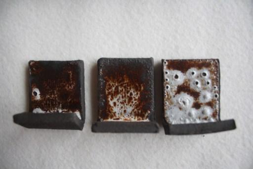 émail blanc coulant sur grès noir 2