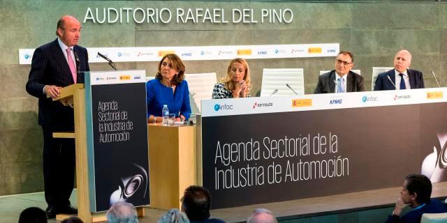 Luís de Guindos, presentando la Agenda Sectorial de la Automoción.