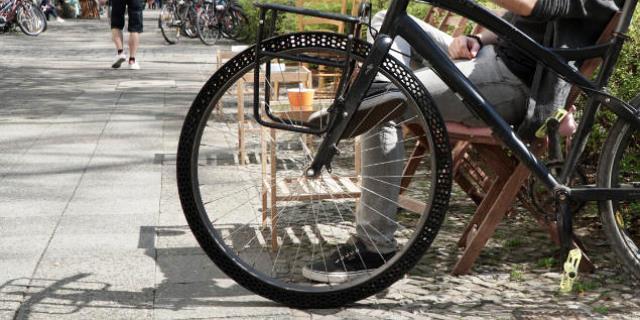 Prototipo de neumáticos de bici sin aire (Foto: BigRep).