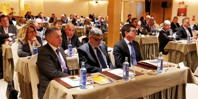 Foto de archivo Asamblea General de UNESPA