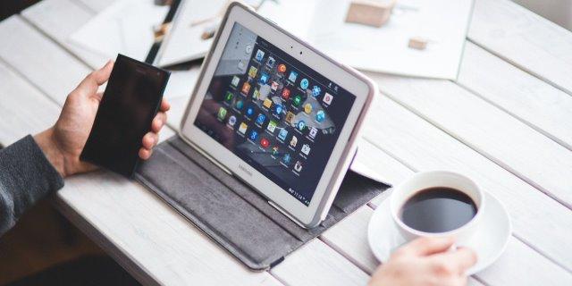 asistente virtual voz vivaz y linea directa funcionara en dispositivos digitales