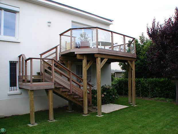 construction de terrasse sur poteaux