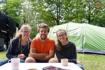 Sisters-Camping