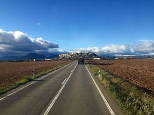 Expedition-Truck-Terratrottor-Spain-town
