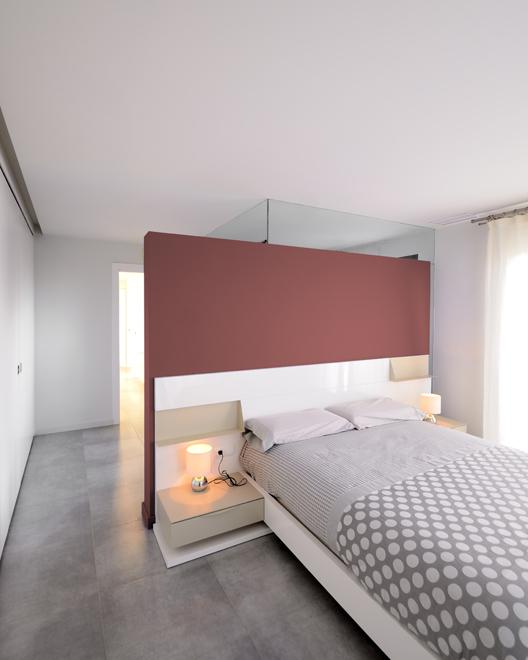 convertir un espacio vacío en vivienda dúplex.dormitorio