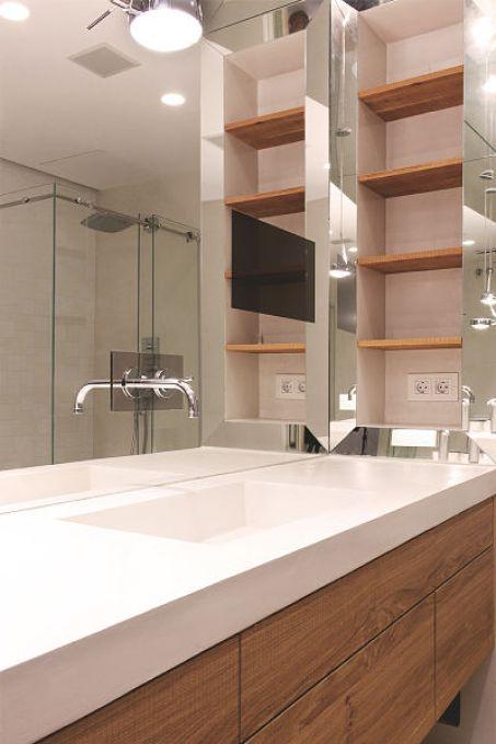 baño de vivienda funcional y acogedora