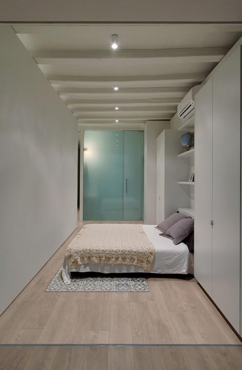Dormitorio de loft de diseño