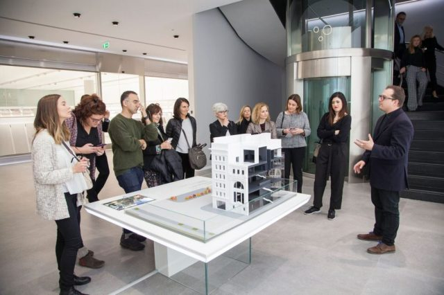 Grupo de medios digitales en Porcelanosa Experience