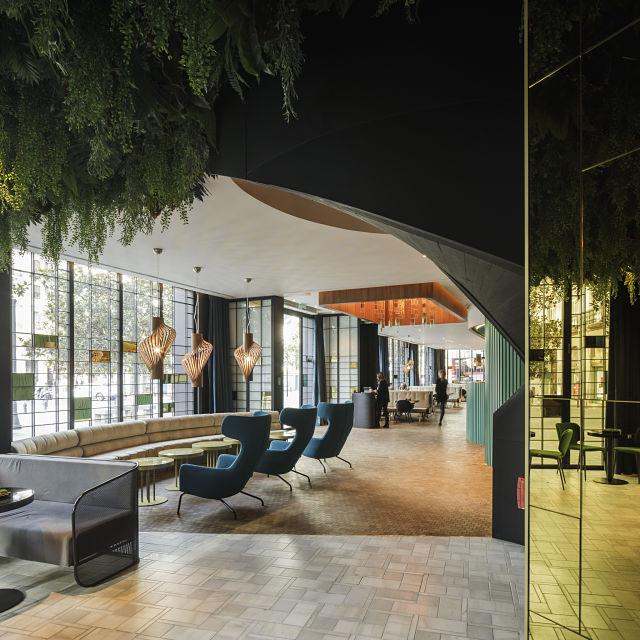 Acceso al hotel Marquis Issabel's de Granada