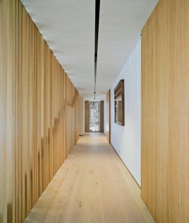 pasillo de diseño minimalista y contemporáneo