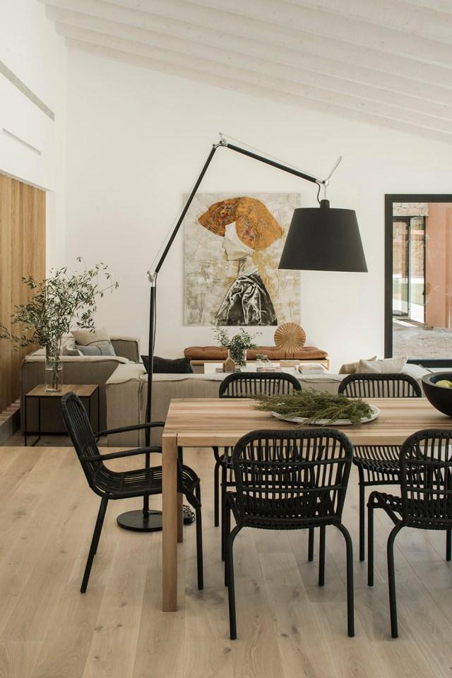 Comedor de diseño en casa en Pallafrugel