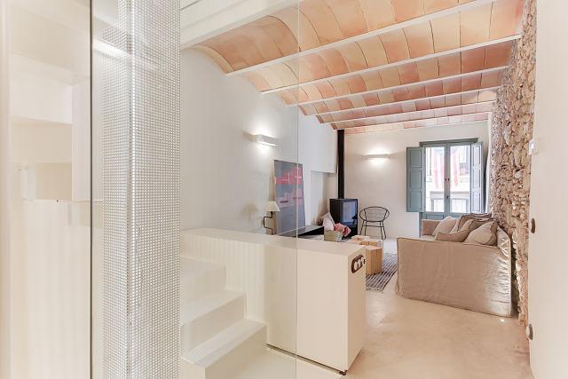 Reforma interior de sala de estar de casa