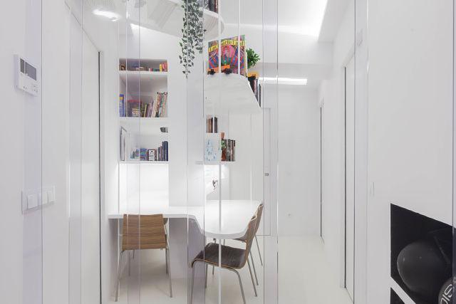 Vista de la biblioteca de diseño en una reforma de vivienda