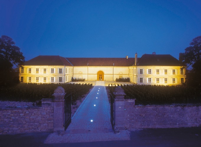 Chateau Chassagne Montrachet Nuit TerroirEvasion.com