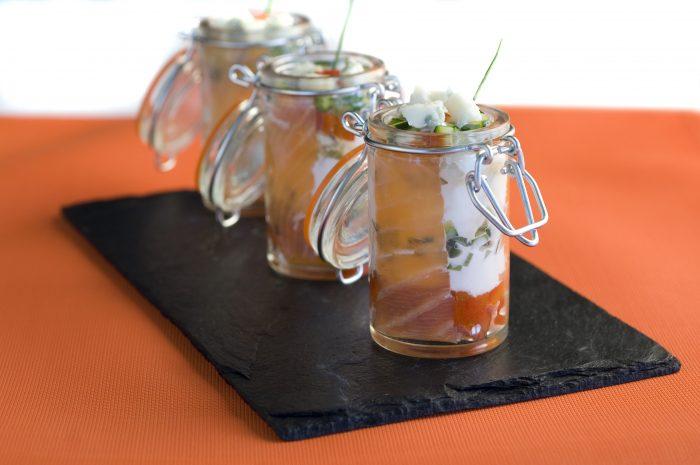 Verrine roquefort-piquillos-saumon