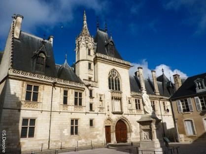 1 Palais Jacques Coeur@S.Deroire-2