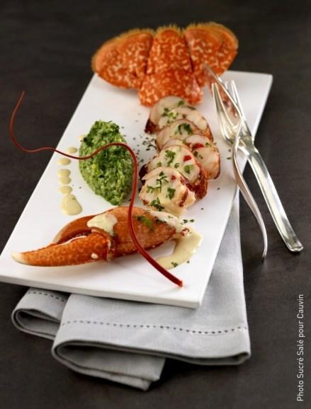 Homard sauce coraillée sur son caviar d'haricot verts - COPYRIGHT recette sucrée salé pour Cauvin 2