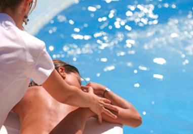 Thalasso-Spa - Modelage en bord de piscine
