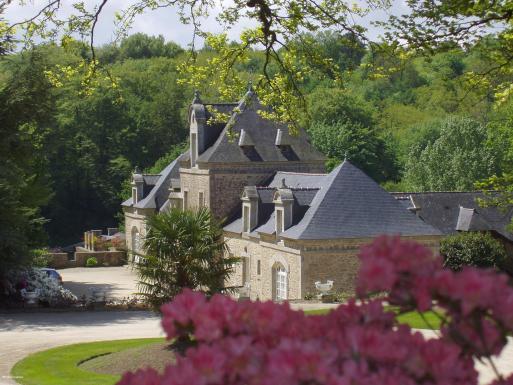 Château de Locguénolé en Bretagne