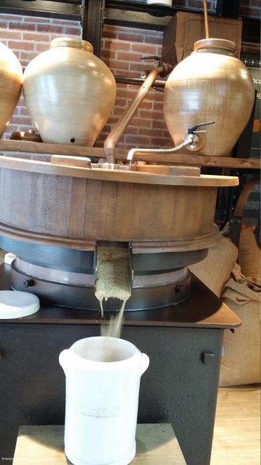 Boutique fabrication moutarde Fallot Dijon