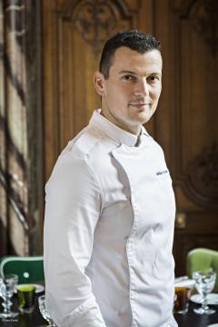 Cristal room Baccarat Chef Mathieu Méchéri®Yann Deret_c2i
