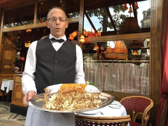 """Dôme Montparnasse - Dessert signature le Mille-feuille """"Napoléon"""" , à partager !!"""