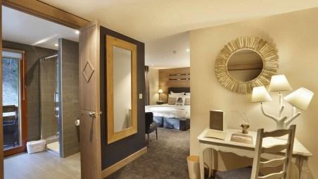 La Mainaz Hotel Restaurant Chambre SdB Mont Jura