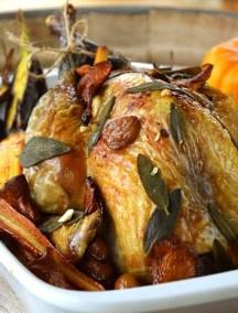 Pintade des Landes farcie au foie gras de canard