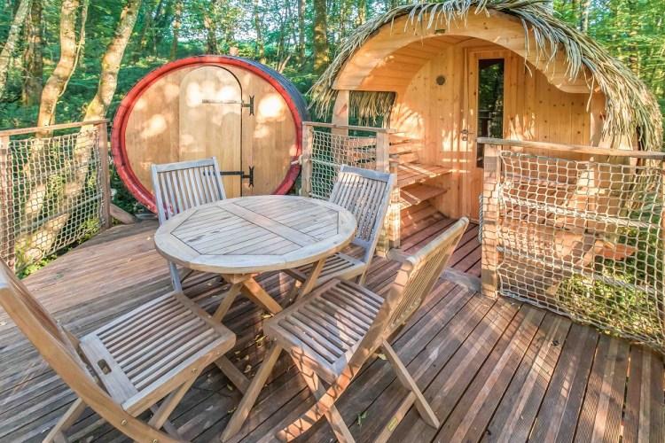 Pitchup.com pour réserver des vacances- Cabanes de Romaningue 1