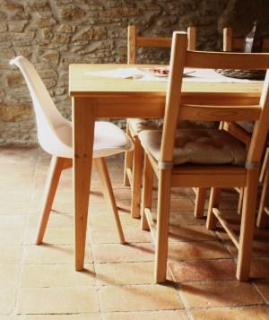 silla de diseño blanca