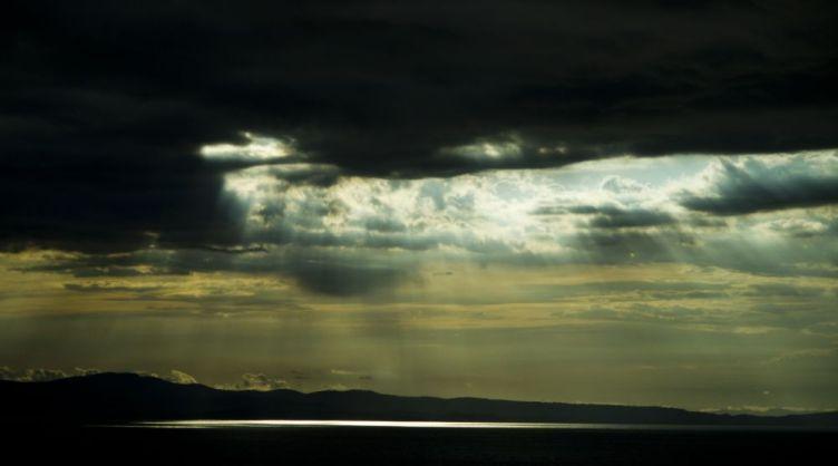 Sea & Cloud & Rays