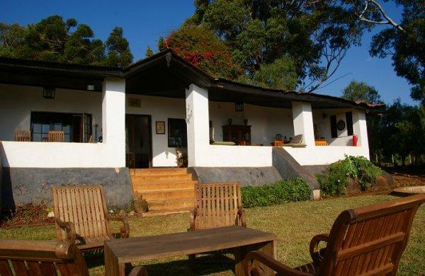 Guesthouse Simba Farm Lodge