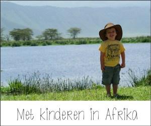 Met kinderen in Afrika